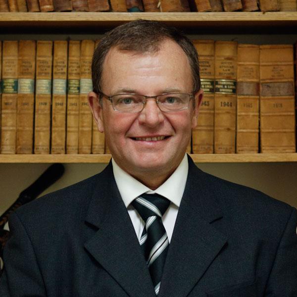 Angus Warren