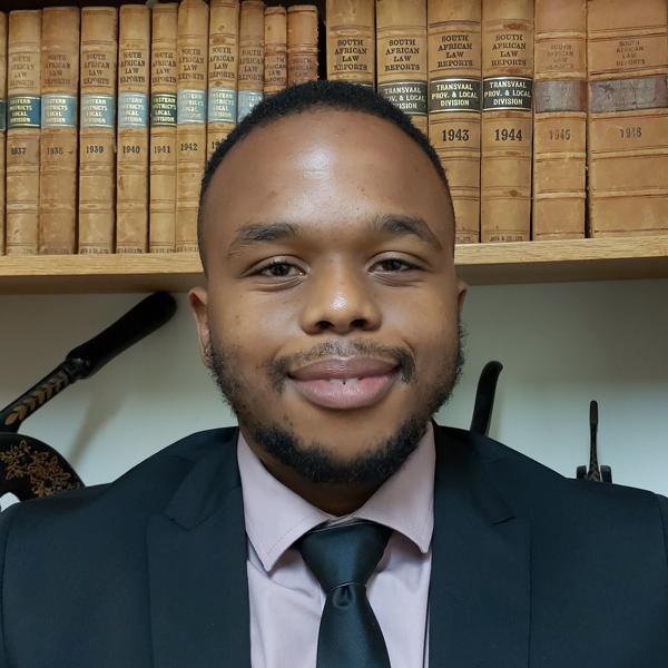 baxolele ngqungwana lawyer